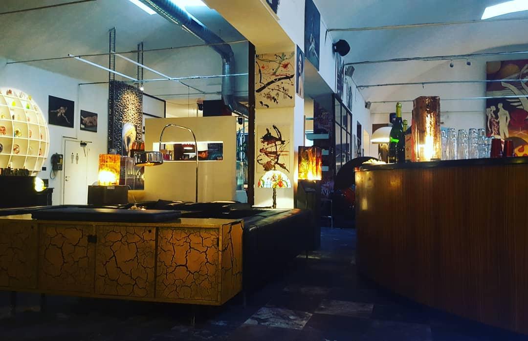 Milano Cafe - info +393282345620