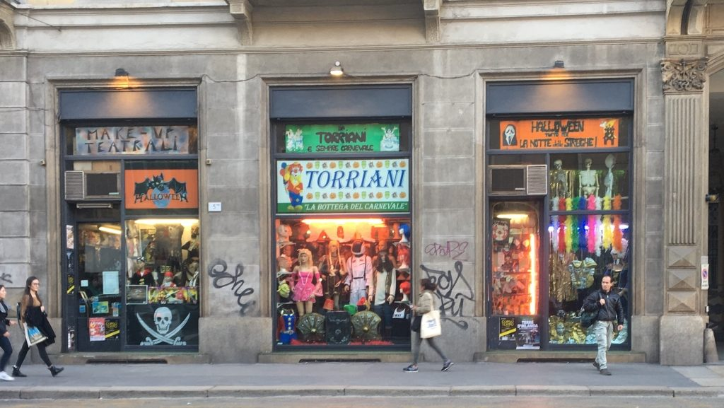 Negozio di maschere a Milano: la bottega del carnevale Torriani