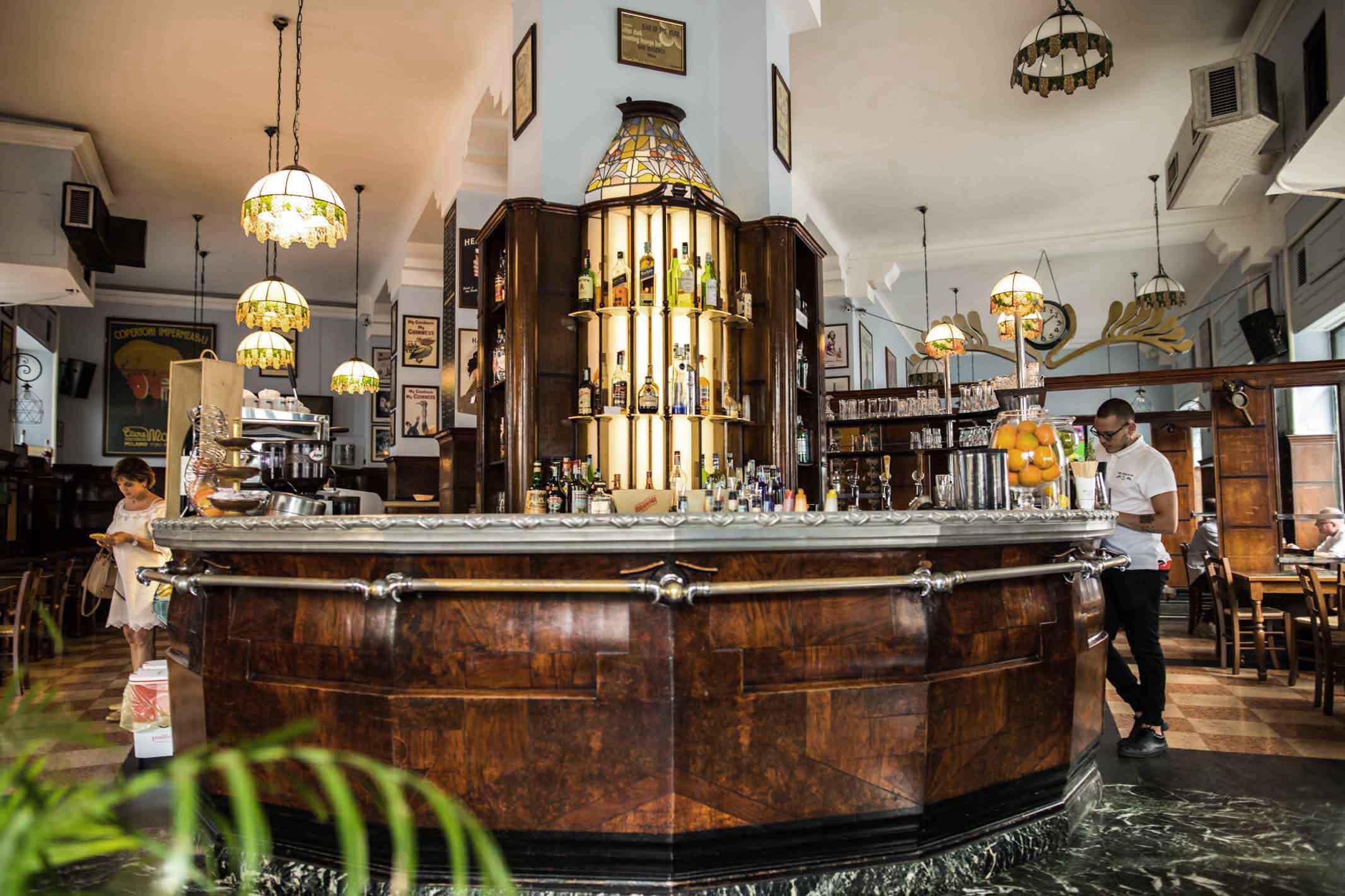 Bar Magenta Milano - info +393282345620